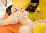 Zabieg oczyszczania twarzy